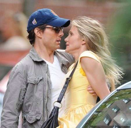 0184-knight_and_day_set_photo_tom_cruise_cameron_diaz_011