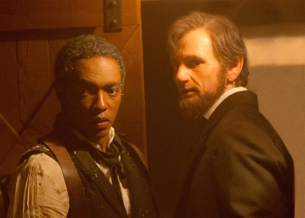 Abraham-Lincoln-Vampire-Hunter-24
