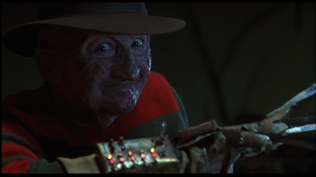 Freddys-Dead-The-Final-Nightmare-Robert-Englund-power-glove