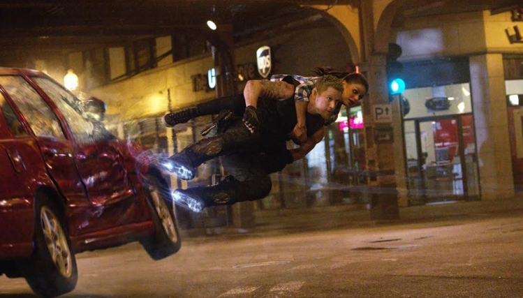 channing-tatum-and-mila-kunis-take-flight-in-new-jupiter-ascending-image-161003-a-1397580502-1000-571-2