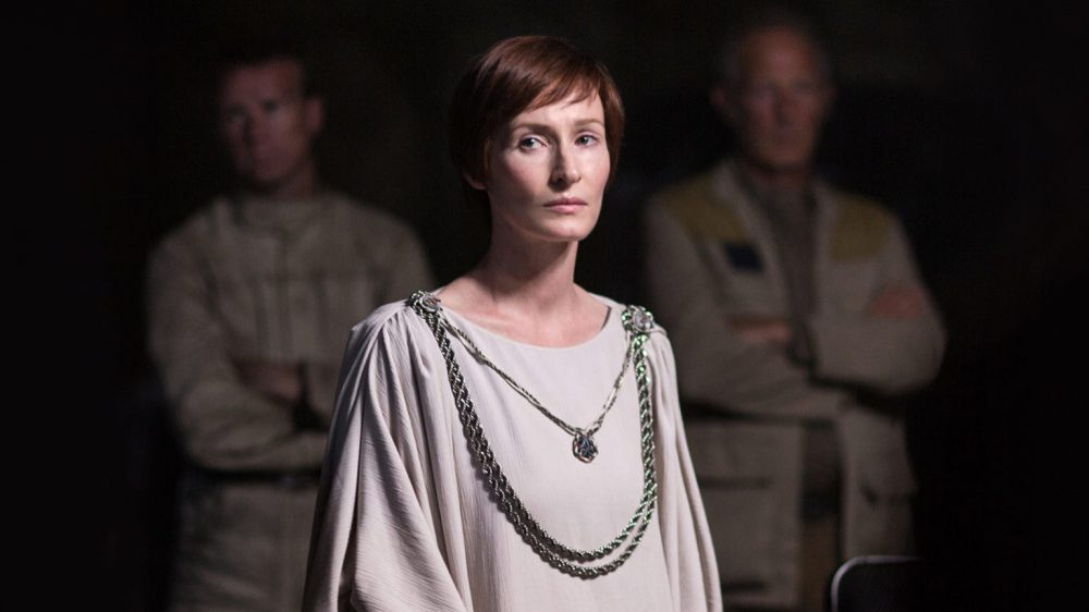 mon-mothma-rogue-one-tall-1536x864